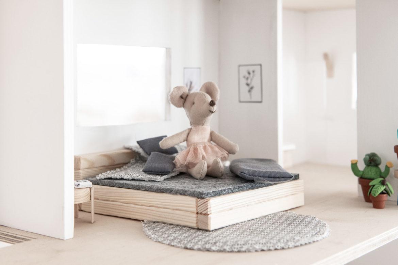 Puppenhaus Bett DIY Anleitung